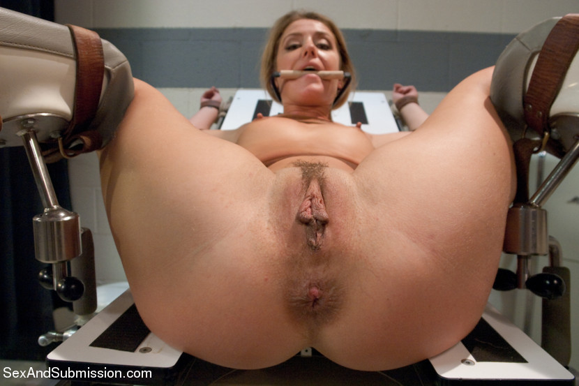 Free Porn Pussy Toying Pics
