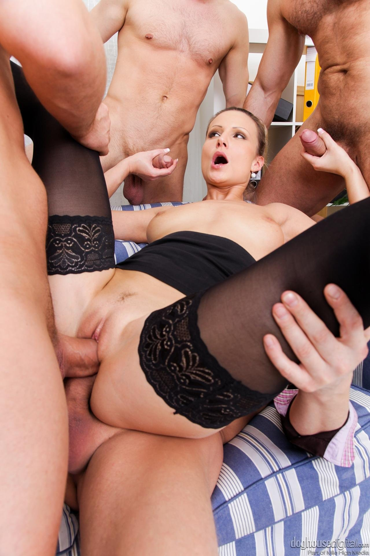 Mature Anal Group