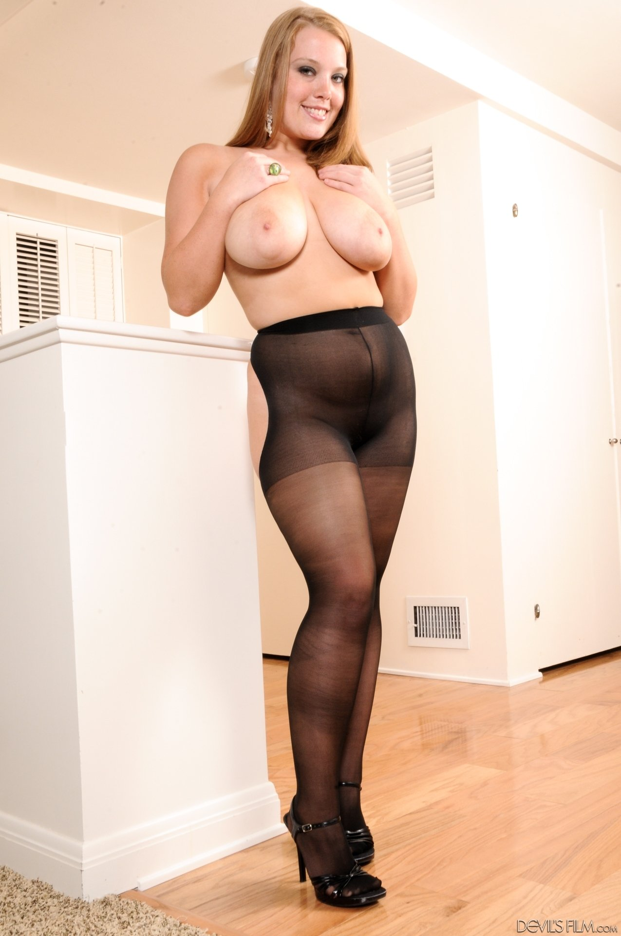 Boobs and pantyhose