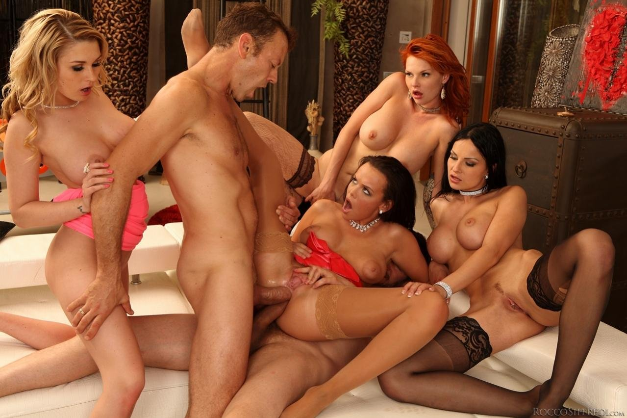 Mature group sex home