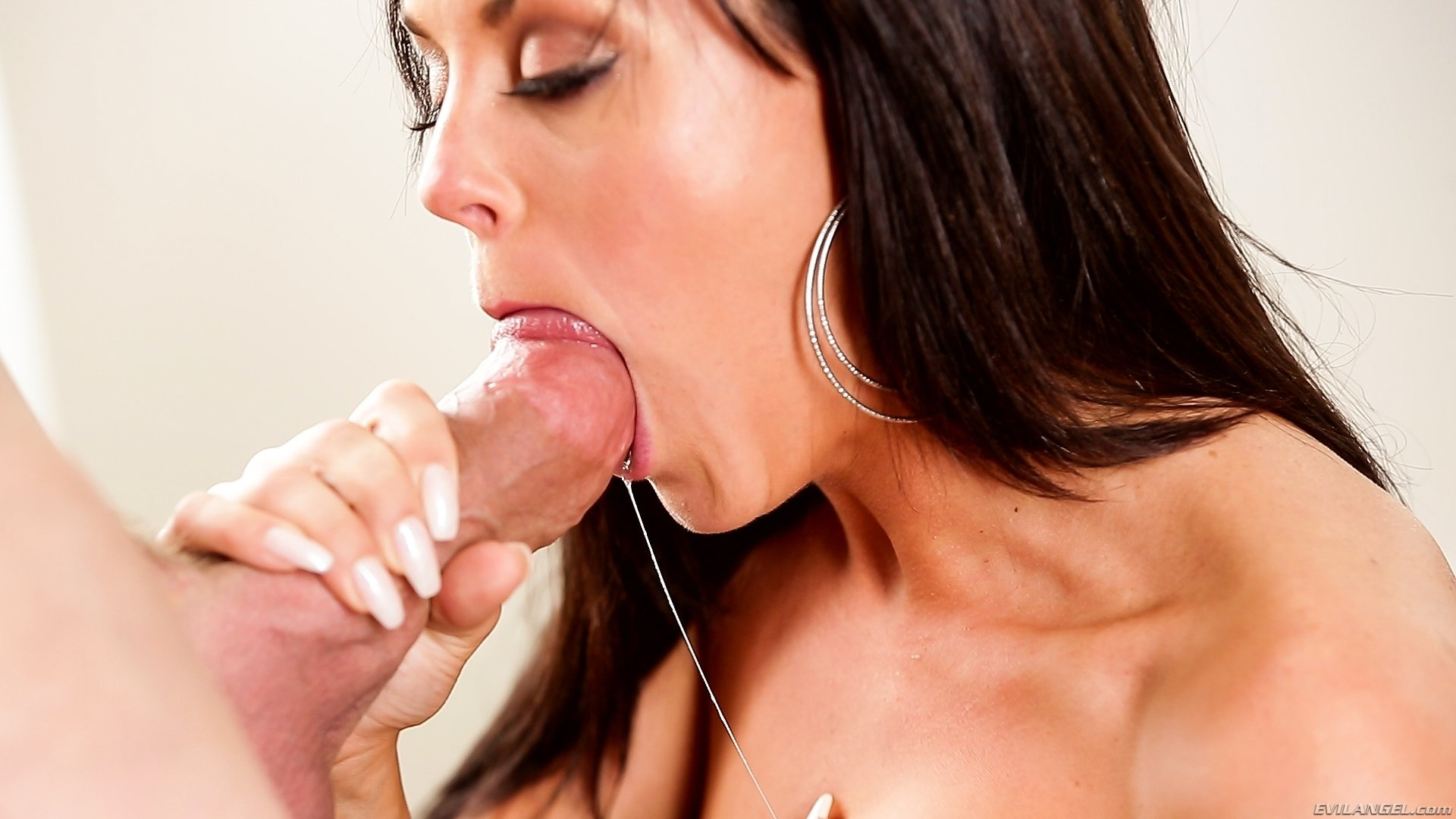 Mom blowjob free photo clips