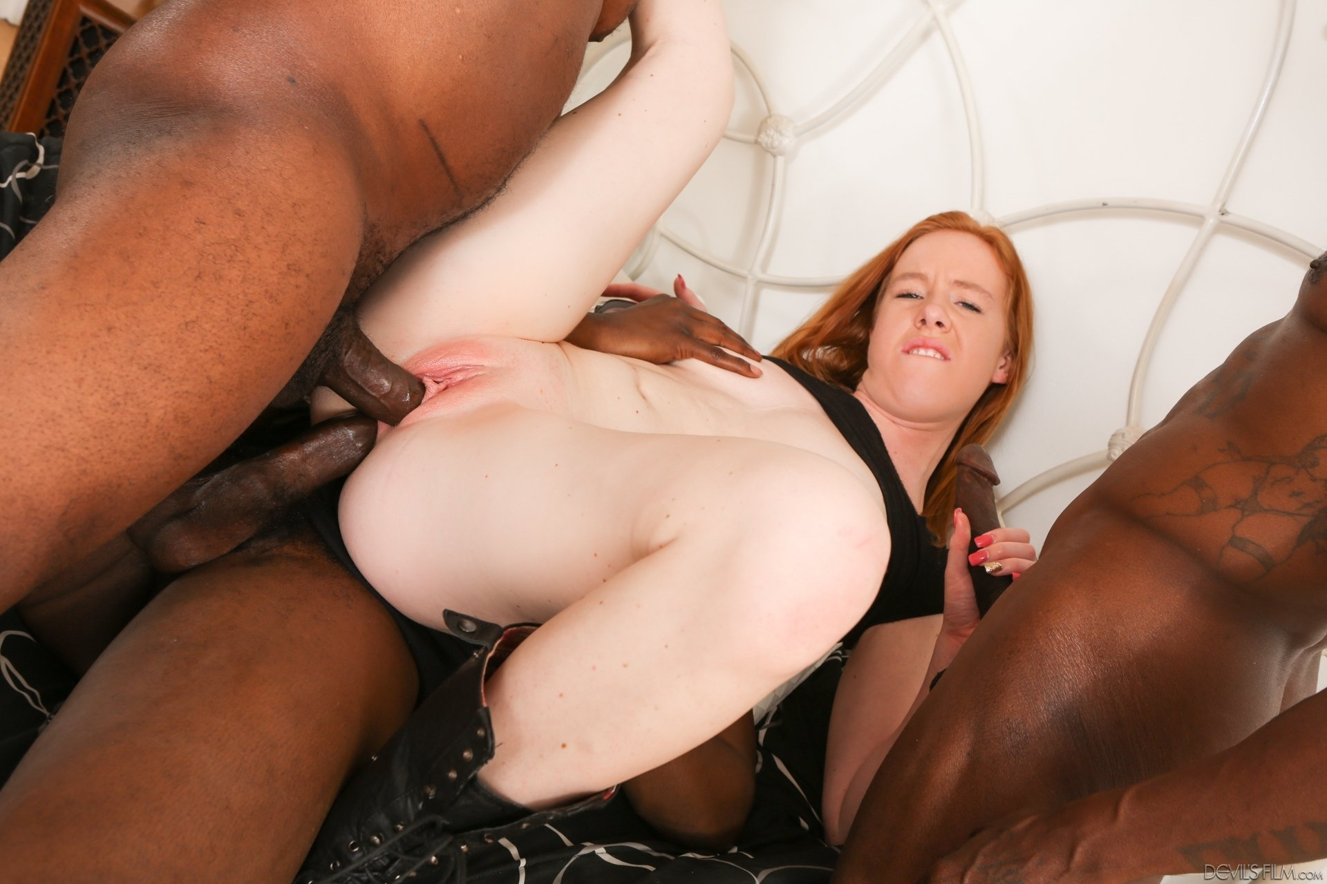 Black stud has hardcore interracial sex with curvy white gal