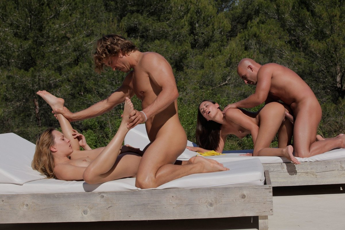 Friendly fucking for two couples