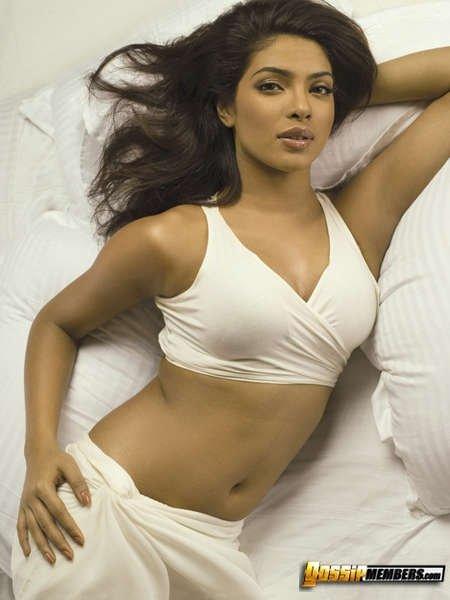 Сексуальная и обворожительная порно звезда Priyanka Chopra