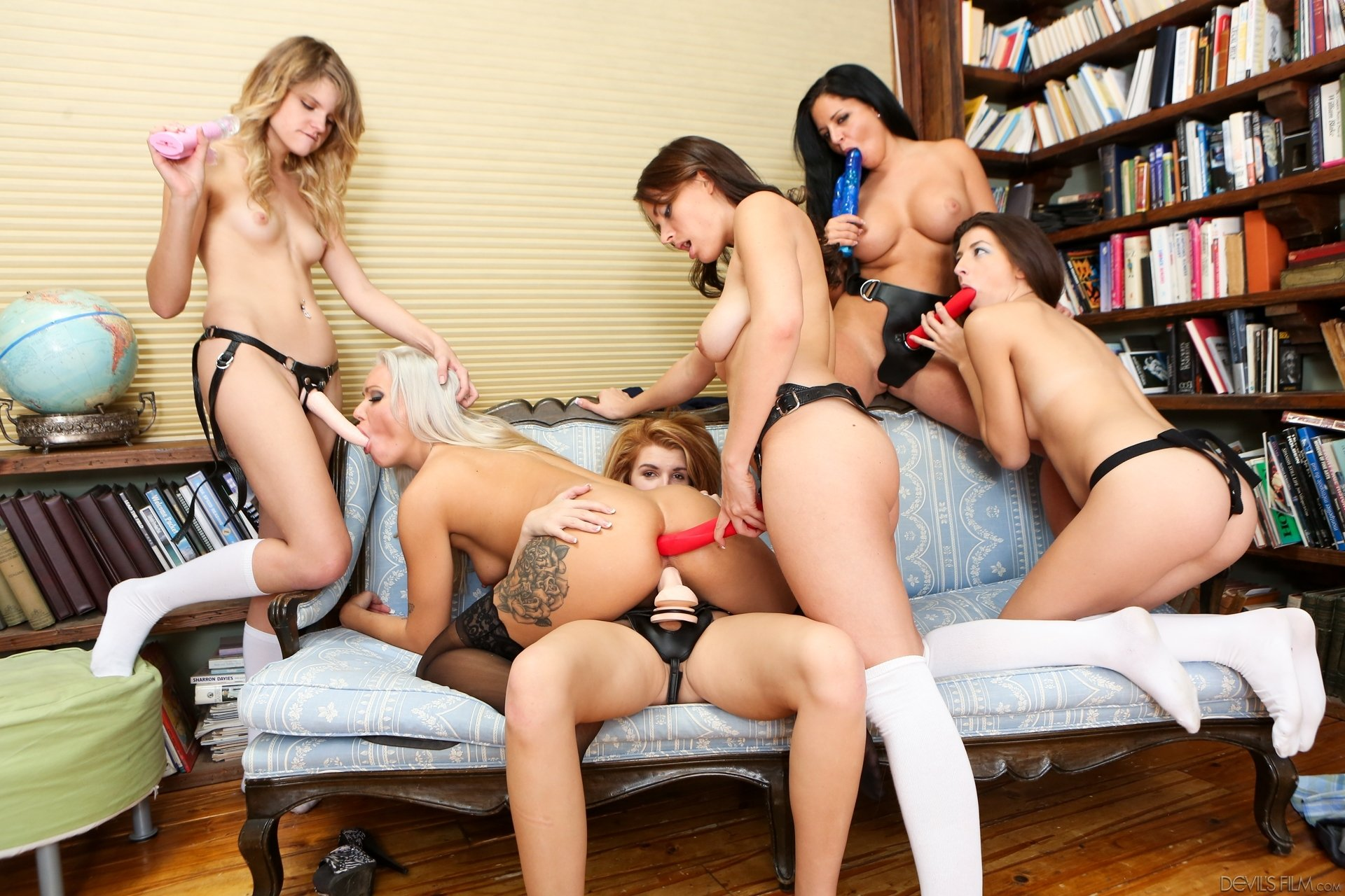 Hardcore lesbian group sex with big toys