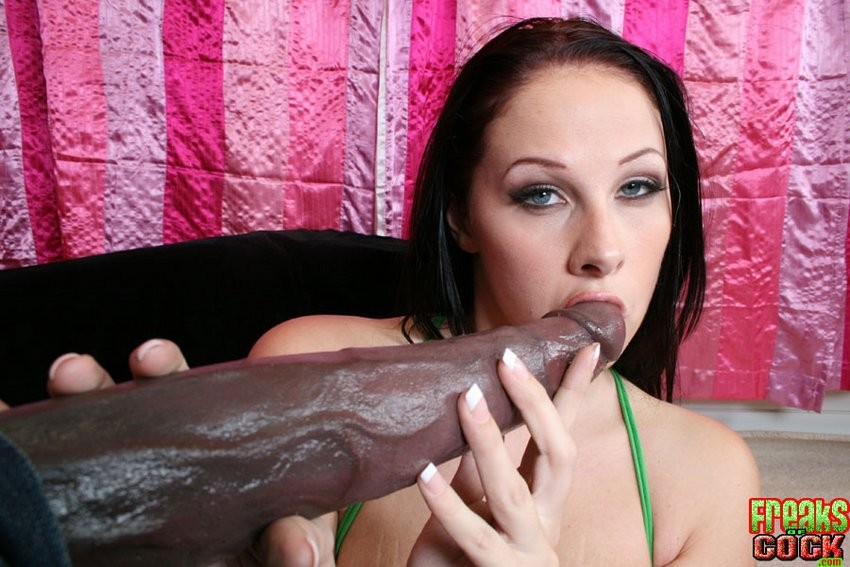 Showing porn images for gianna michaels big boobs porn