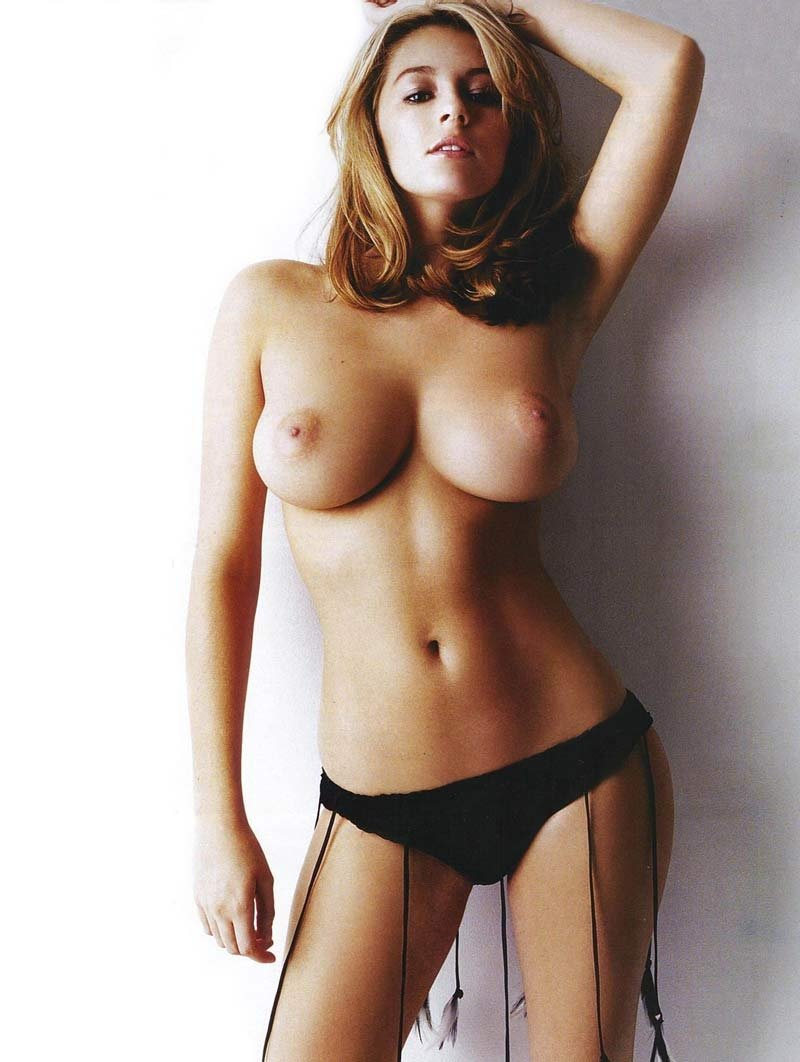 Keeley hazell shows her naked breasts