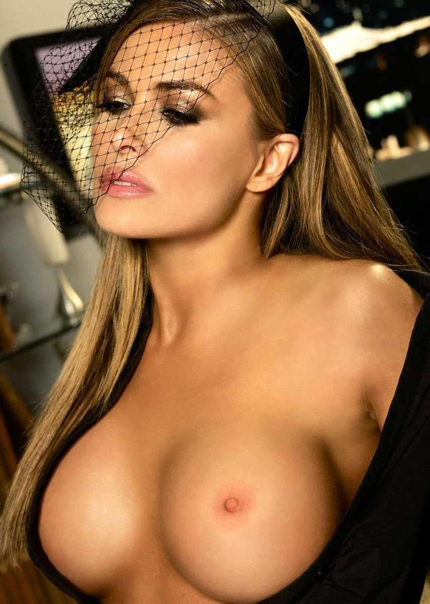Carmen electra nude porn pics leaked, xxx sex photos