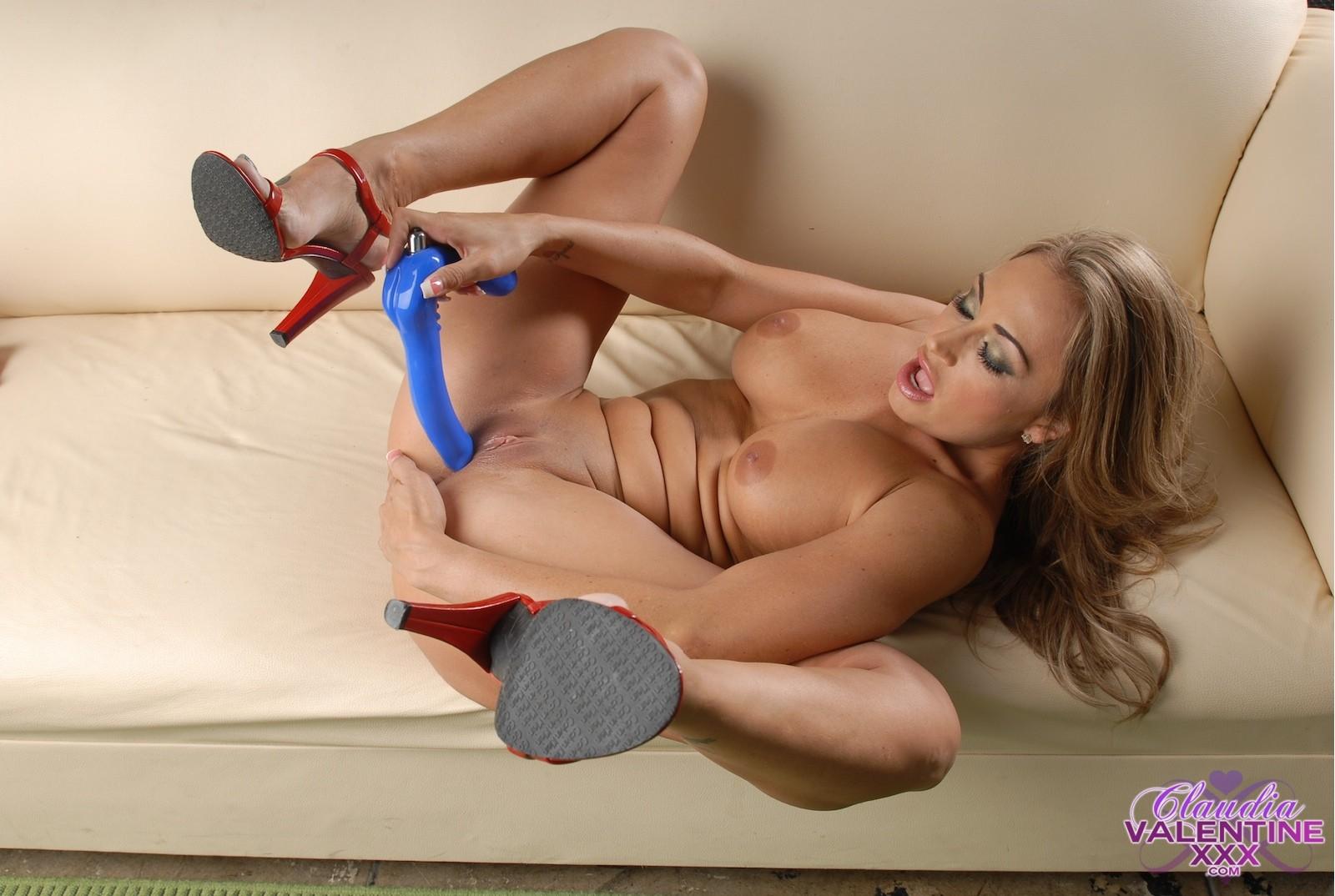 Claudia Valentine - Галерея 3366220