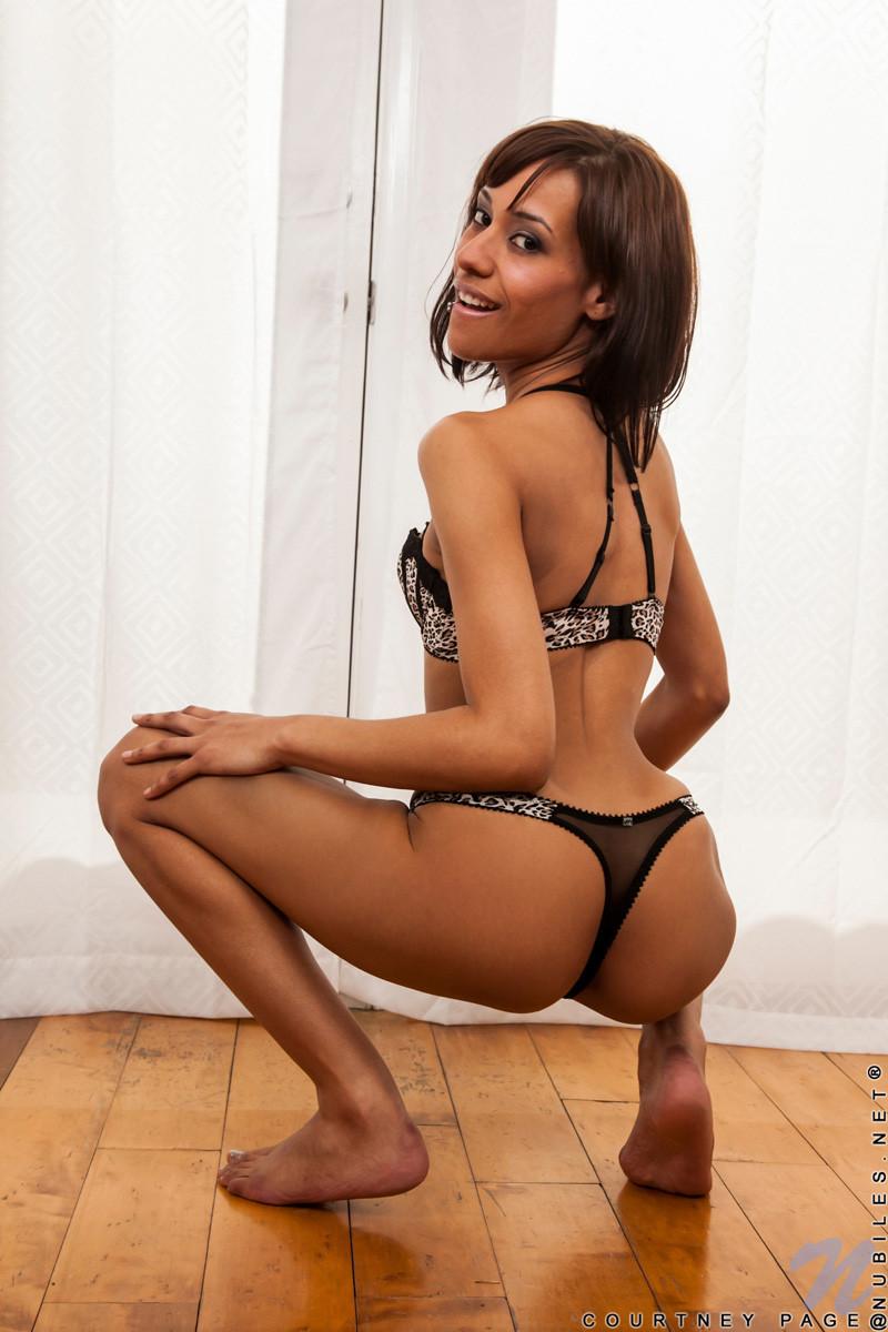 Courtney Page - Галерея 3233740