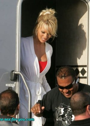 Pamela Anderson - Галерея 401430