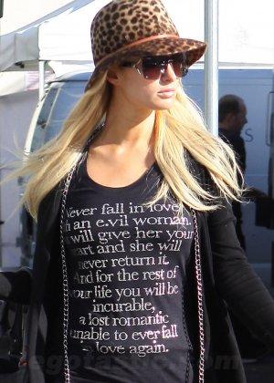 Paris Hilton - Галерея 2886385