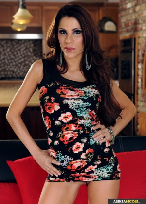 Aleksa Nicole - Галерея 3383370
