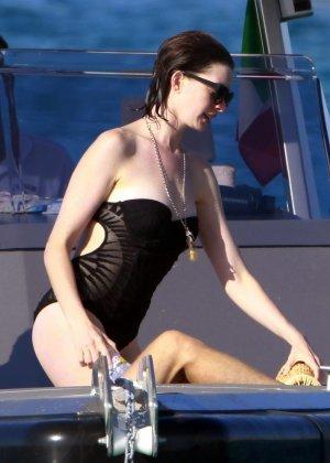 Anne Hathaway - Галерея 3481075