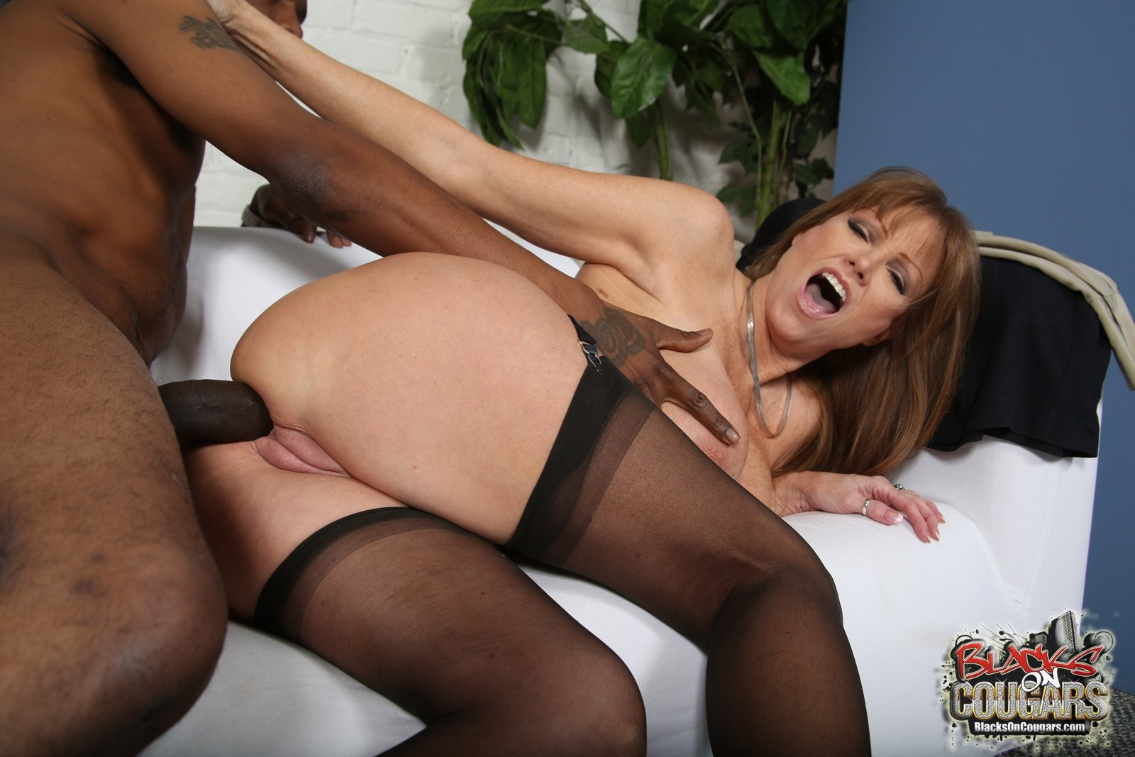 Big ass french metisse rose valerie
