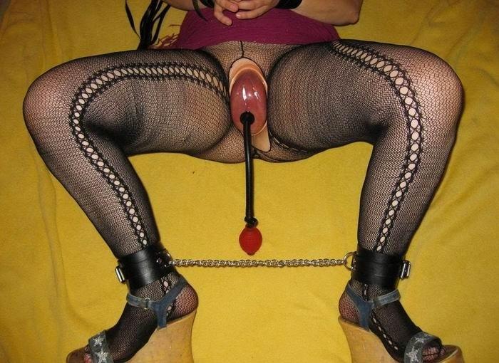 Большие клиторы и огромные вагинальные отверстия