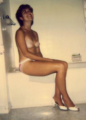 Сексуальные фото на полароид