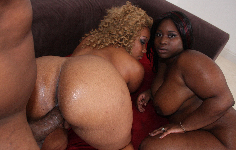 Old black women fucking anal