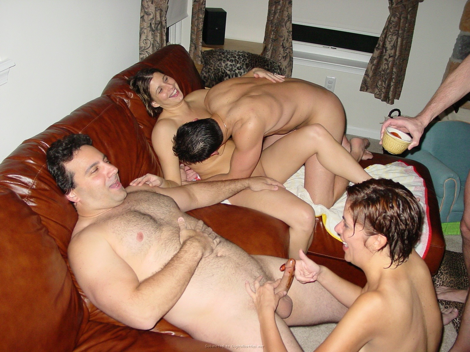 Real swinger families