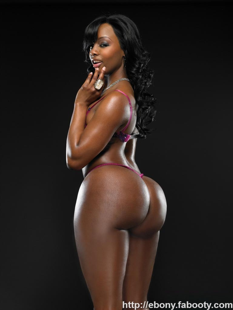 Big butt nude models