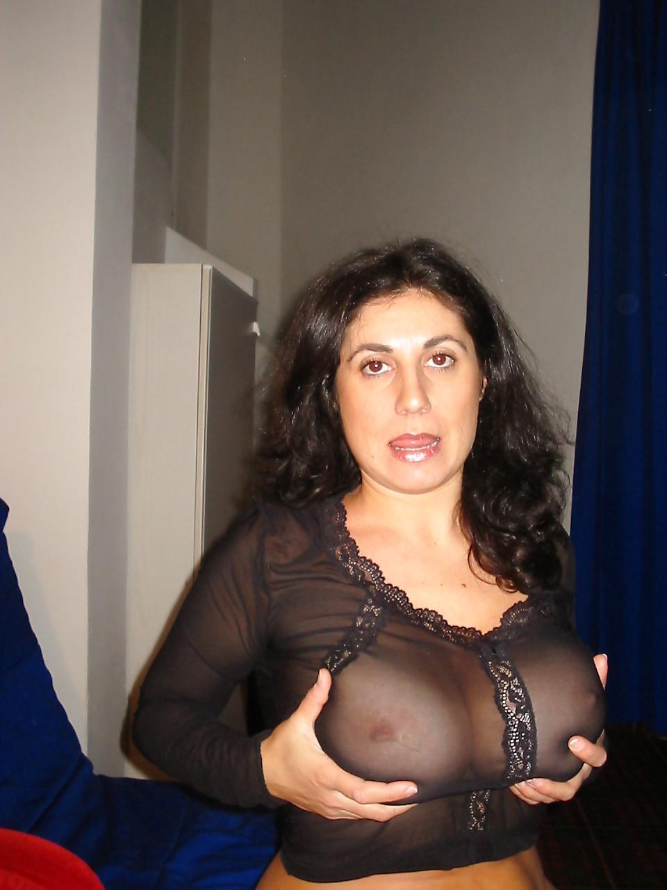 Kinky Italian Lesbians