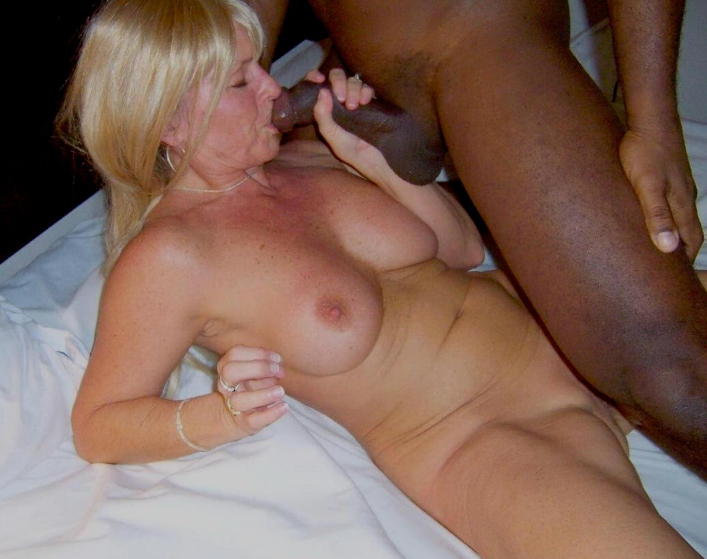Time Worn Mature Blonde Wife Of My Neighbor Sucks My Dick With Passion