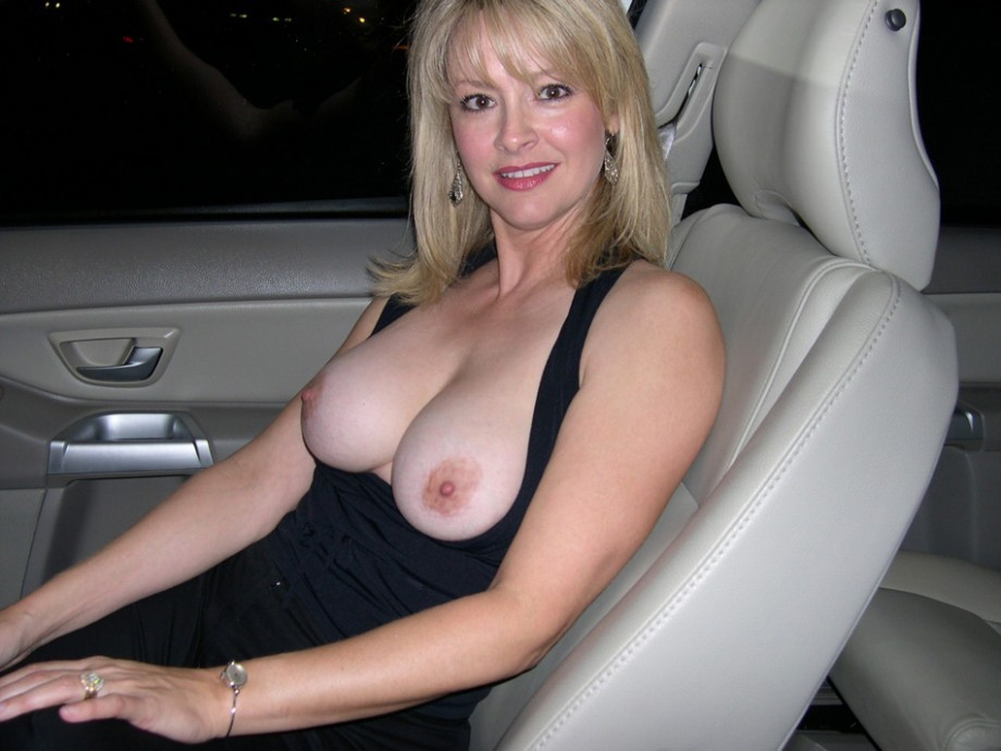 Wife Nipples Pics, Nude Wives Porn Photos