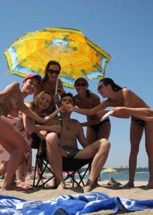 Пикантные фото с болгарского пляжа