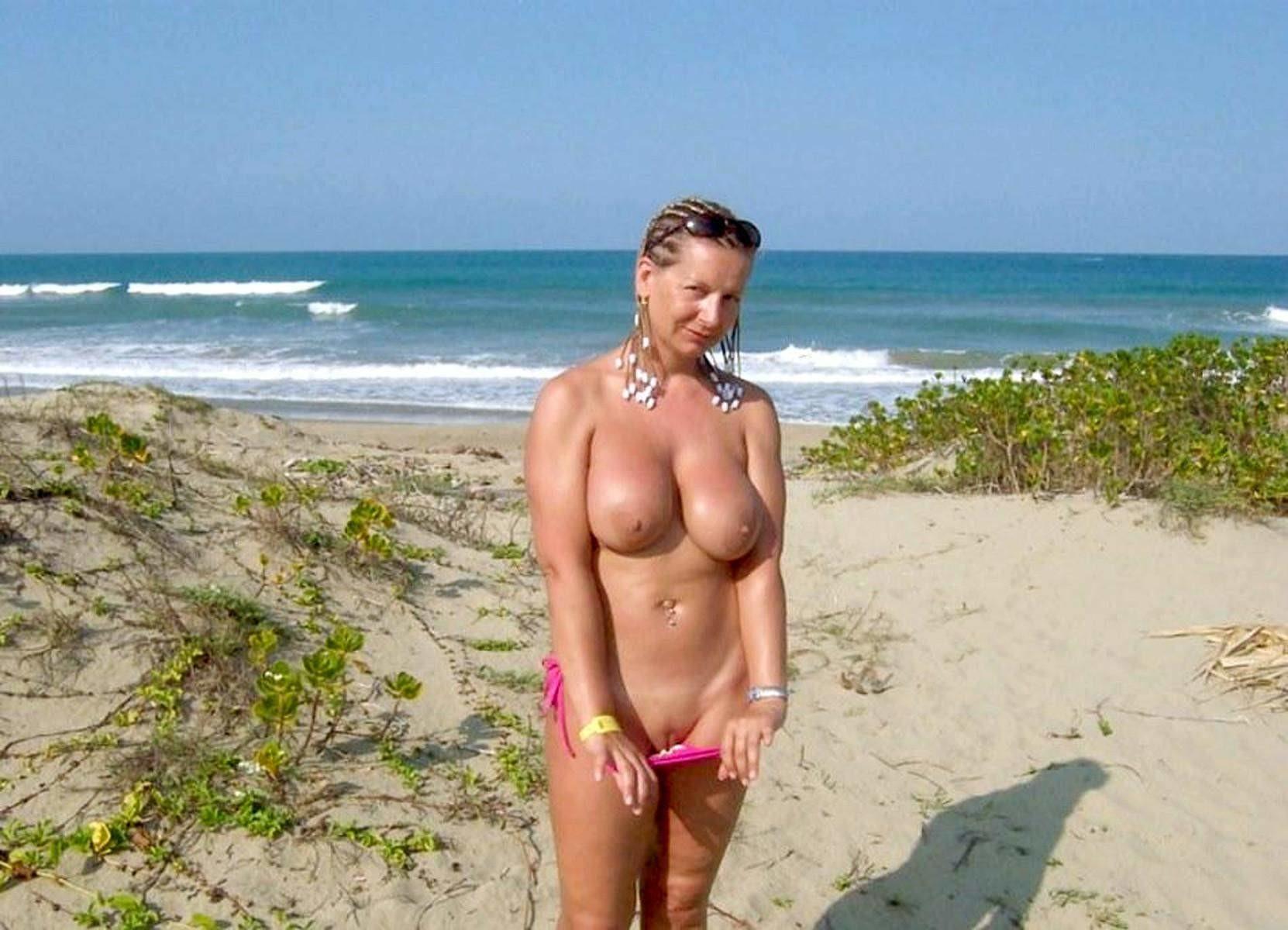 Sexy Beach Milf