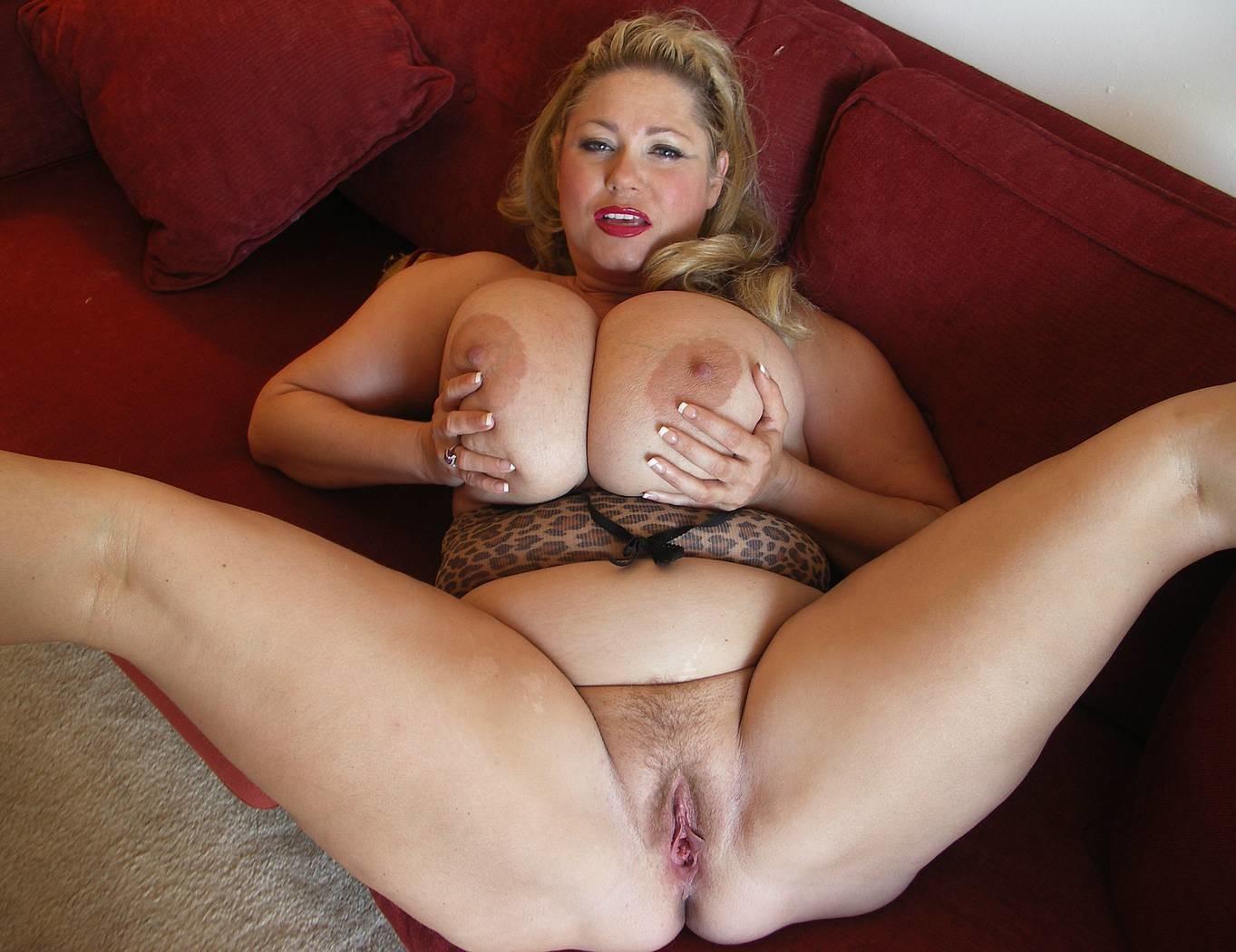 Порнография зрелых женщин с большими сиськами