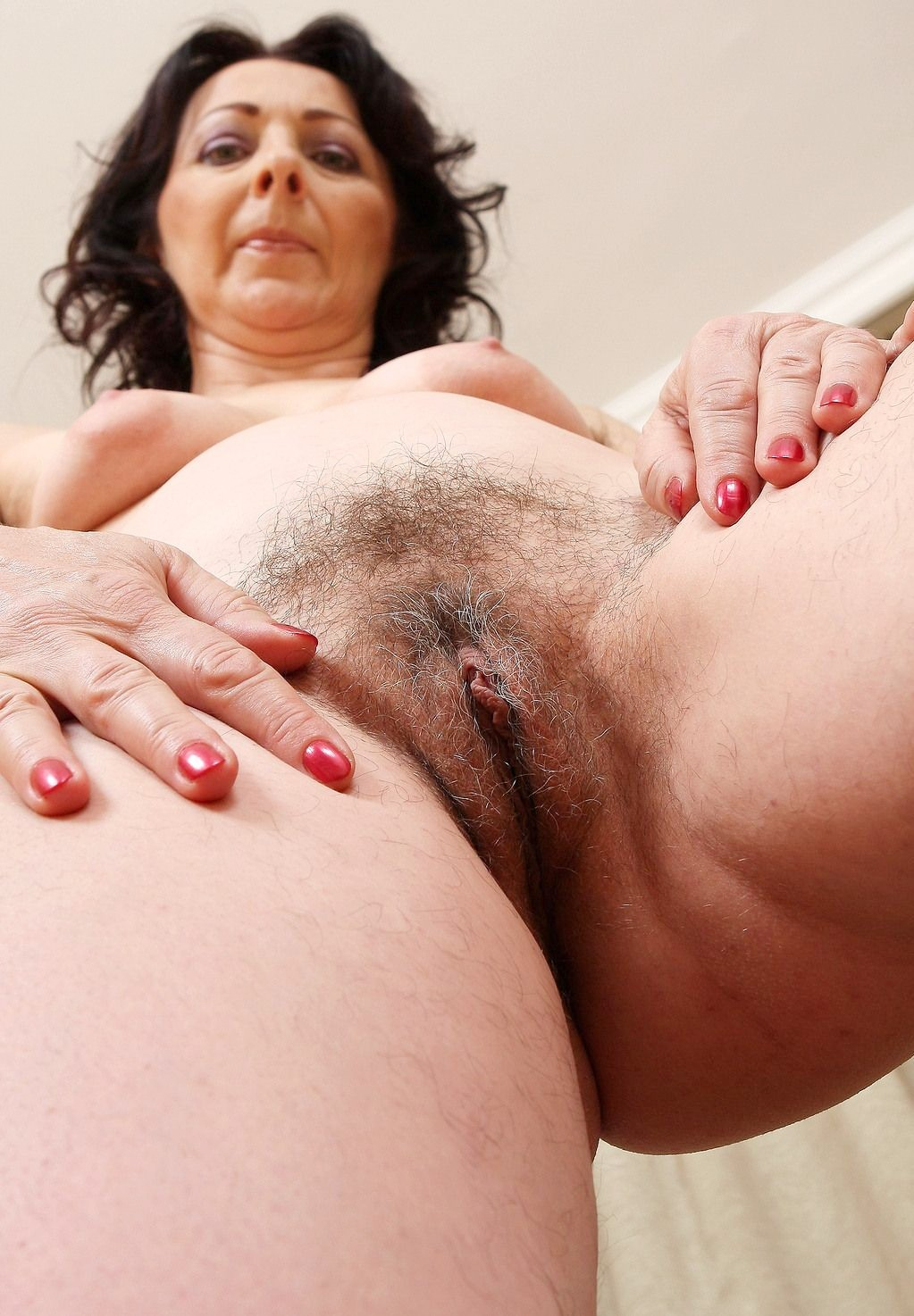 Hairy Wet Mature