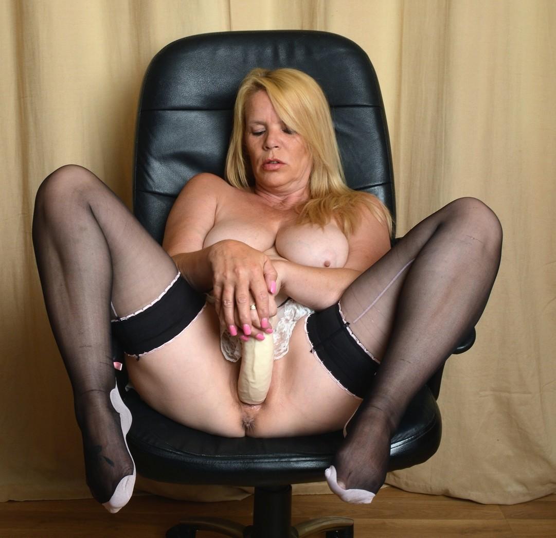 Big Titted Blonde Masturbation