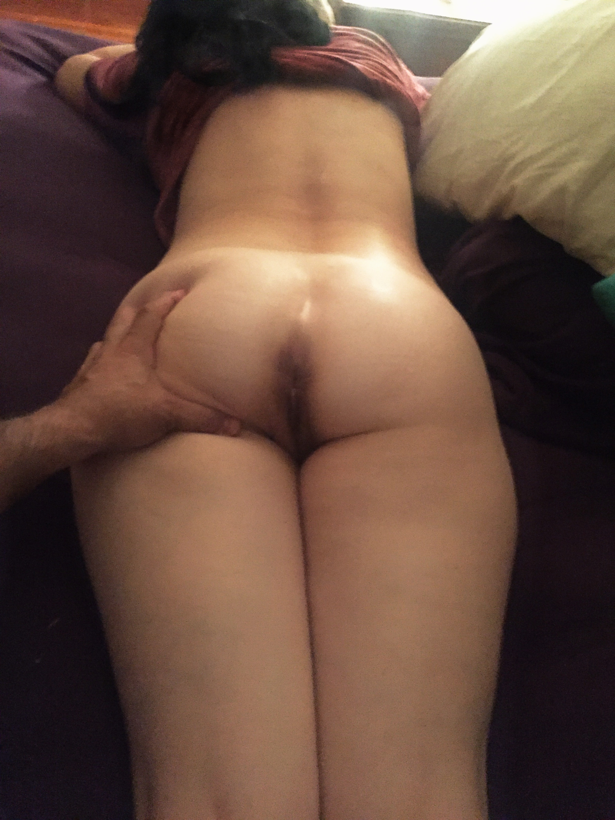 sister-ass-naked