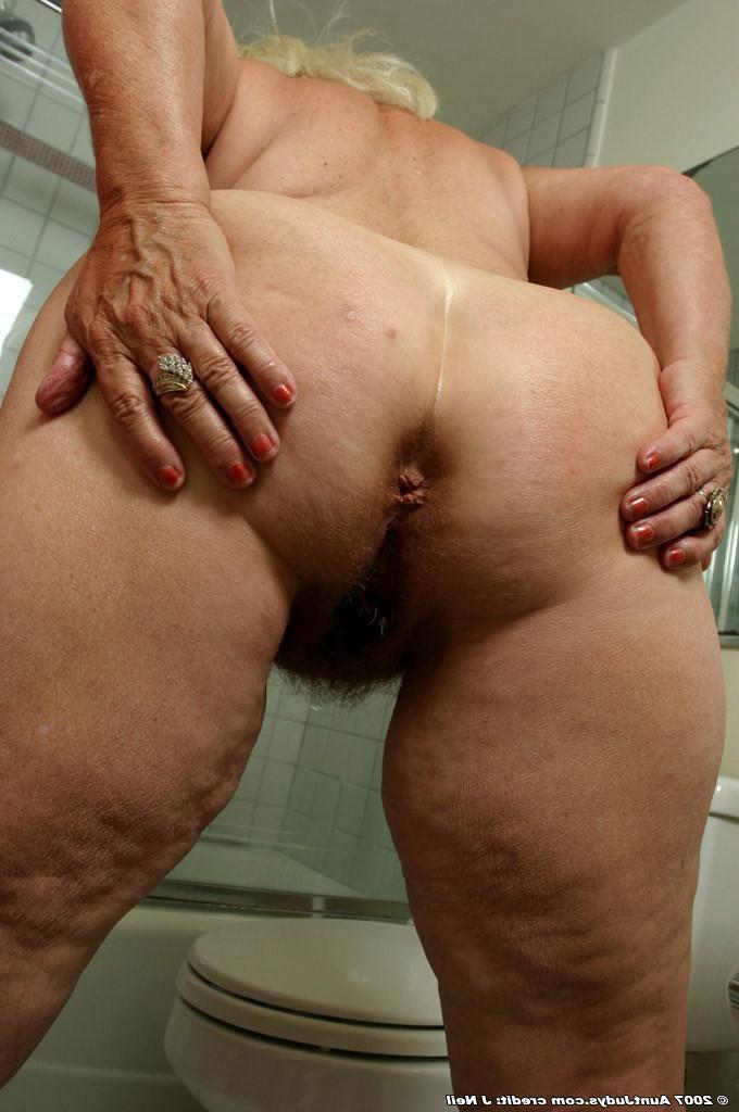 Hairy ass granny porn
