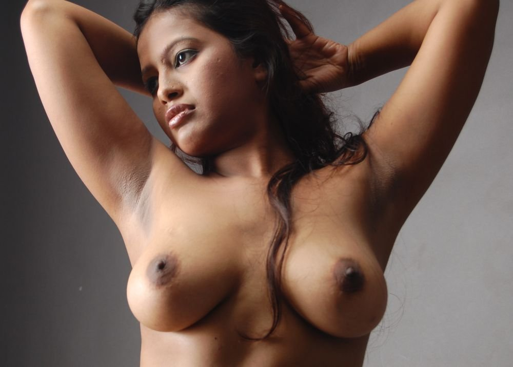 Bhuvaneswari half nude dance in front of cinema theatre