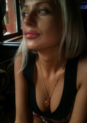 Секс с ахуительной блондинкой из России