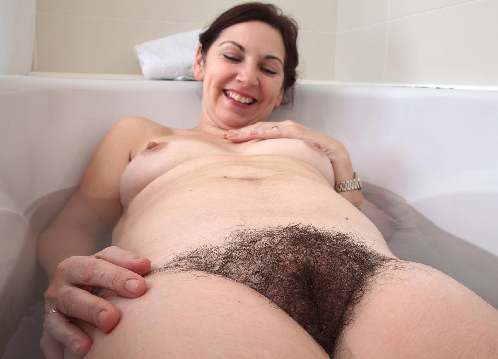 Hairy Bush Nude Naked Women Girls Mature