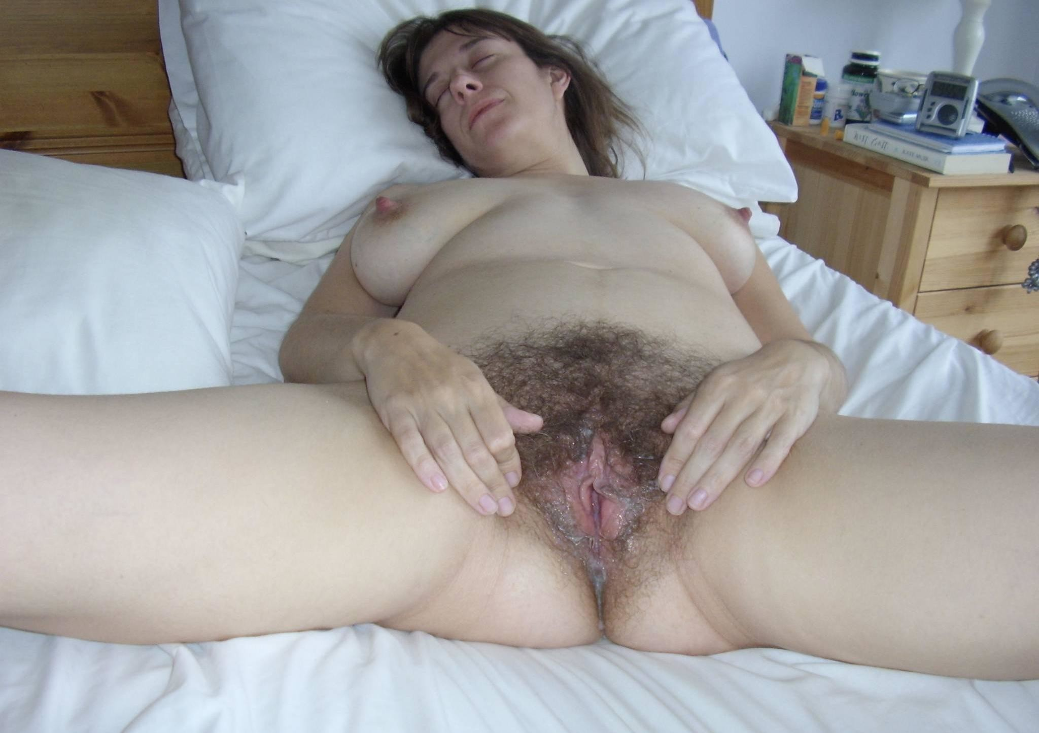 Chubby Mature Wives Hairy Wet Pussy
