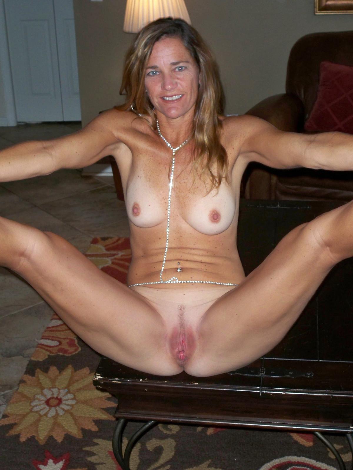 Hot naked redhead