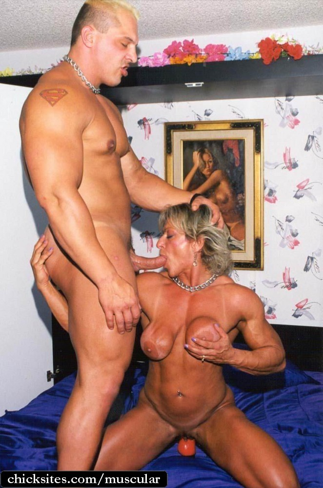Muscular women porn classic images