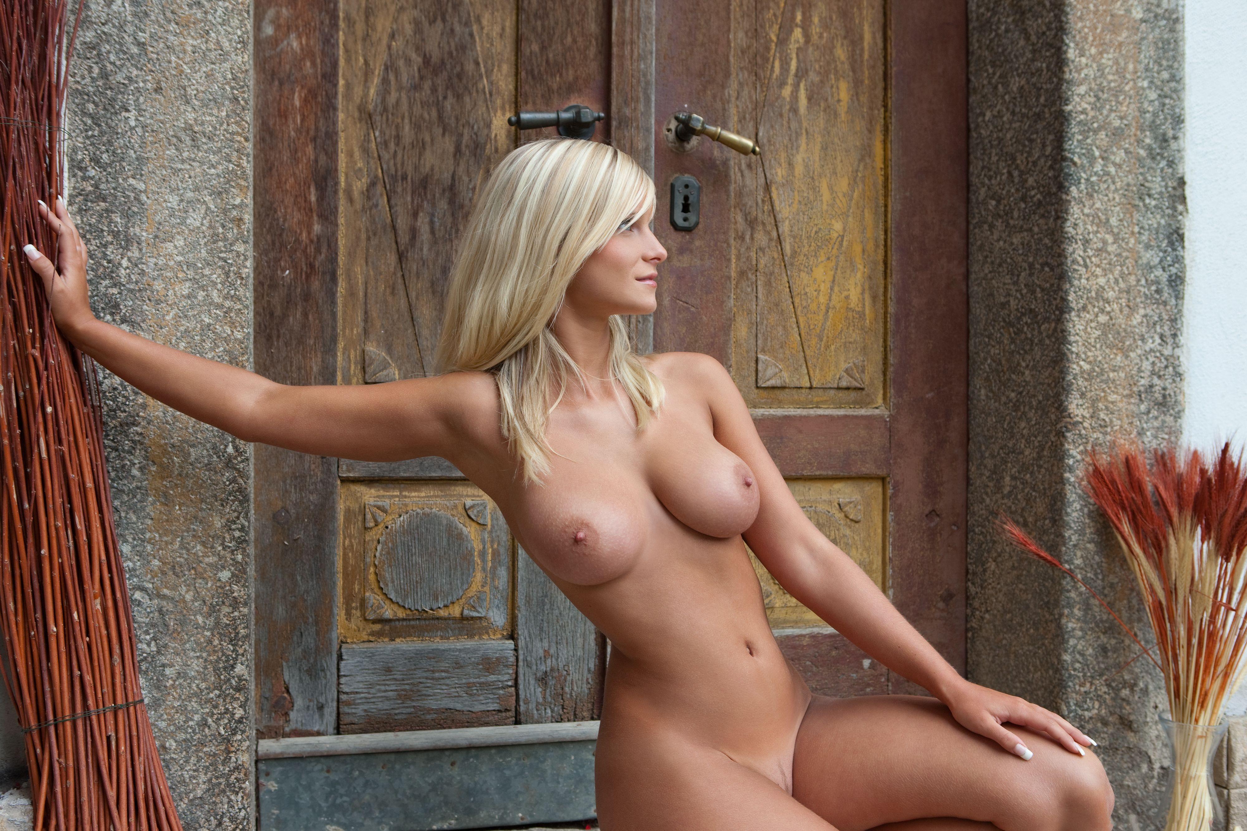 Обнаженные Красивые Белокурые Блондинки
