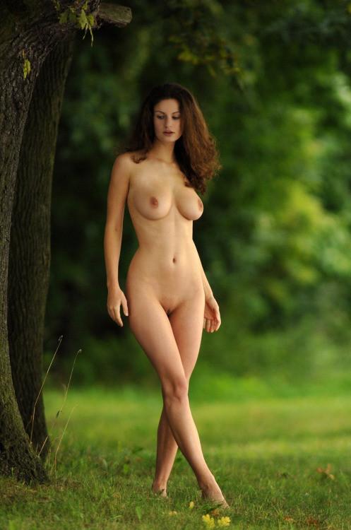 My Nude Nature Selfie