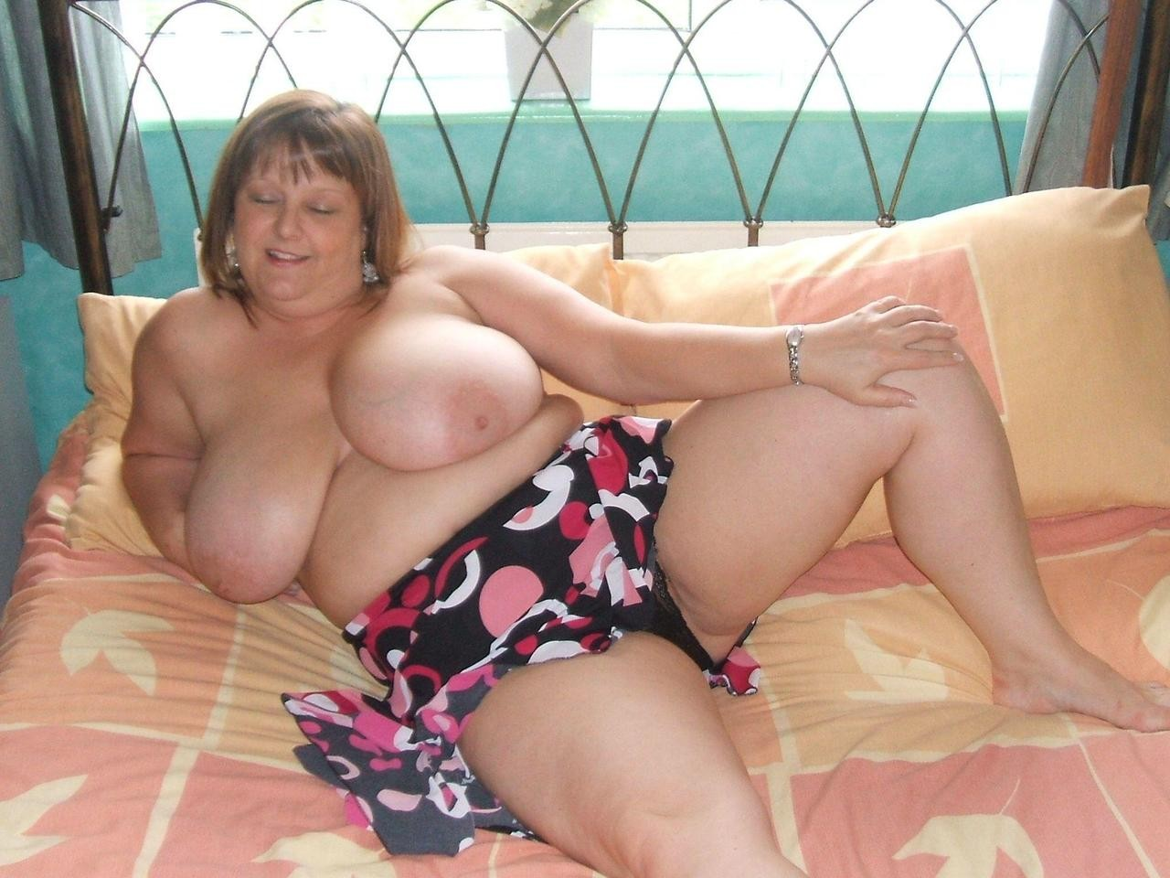 Bbw Granny With Big Juggs Posing All Over