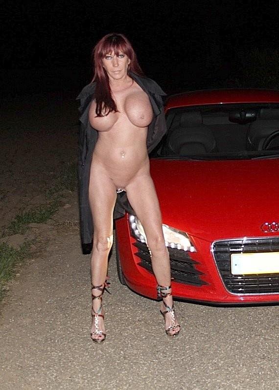 Голые в машине - подборка 009