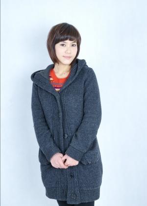 Китаянка с волосами на пизде и подмышками