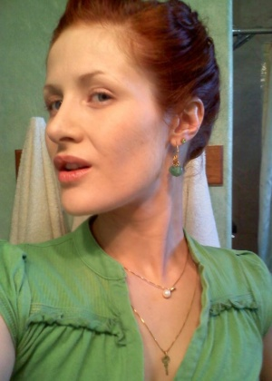 Селфи фантастической рыжей дамы
