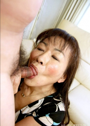 Asian Mature Sucks Penis Unseen Homemade Hidden Cam Japanese 1