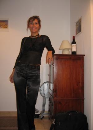 Пожилая и сексуальная француженка Изабель