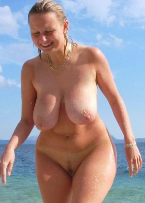 Голые на пляже - подборка 026