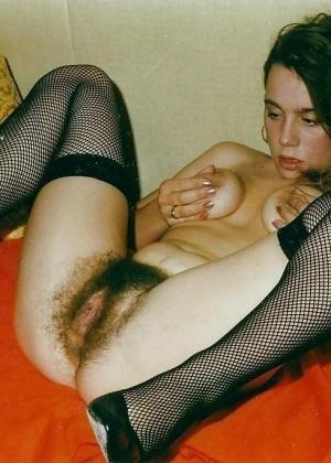 Женщины показывают пизду - подборка 013